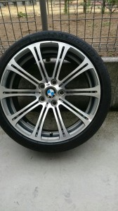 岩槻区BMWM3ダイアモンドカットホイールガリ傷リぺア