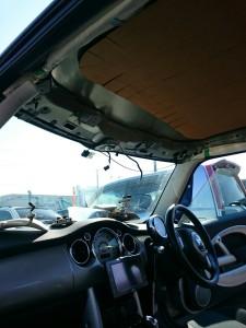 久喜市ミニ(BMW)ルーフライニング(天張り)張替